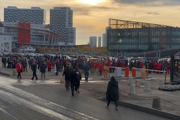 ВМоскве эвакуирован ТЦ«Авиапарк»