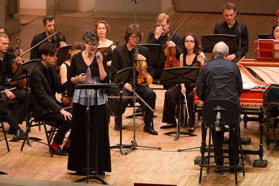 Русская музыка учится уевропейской ивстает снейвровень