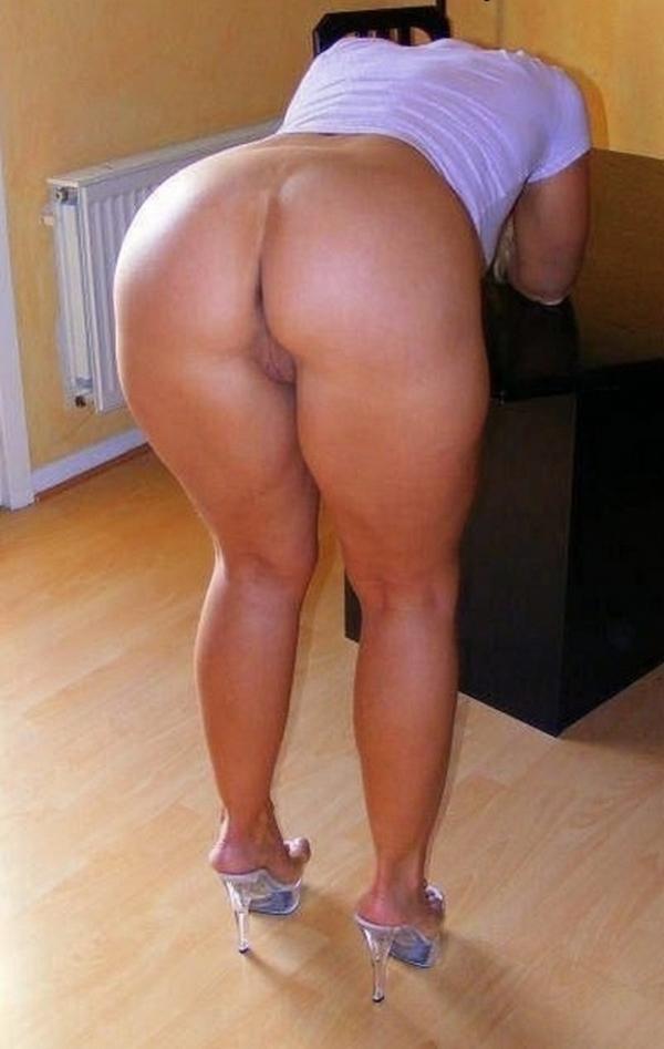 Masturbate moan video naked girl