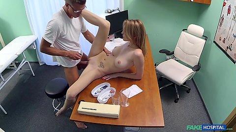 Free girls fist anal sex pics