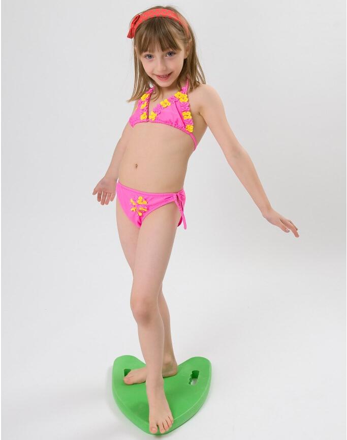 Kid girl swimwear sorğusuna uyğun şekilleri pulsuz yükle ...