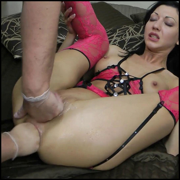 Naughty america slut fucked