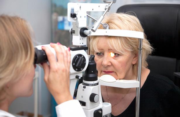 Офтальмолог: COVID-19вызывает обострение заболеваний глаз