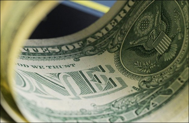 Эксперты сказали, чтоугрожает доллару