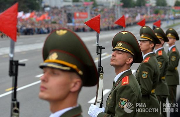 Белорусские новости (Белоруссия): красные даты. Почему Лукашенко держится засоветский календарь
