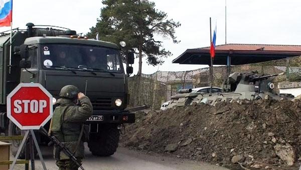 Российские военные врачи прибыли вСтепанакерт