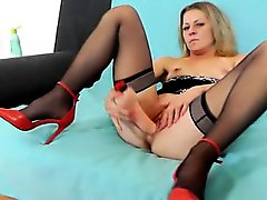 Free pantyhose squirting videos