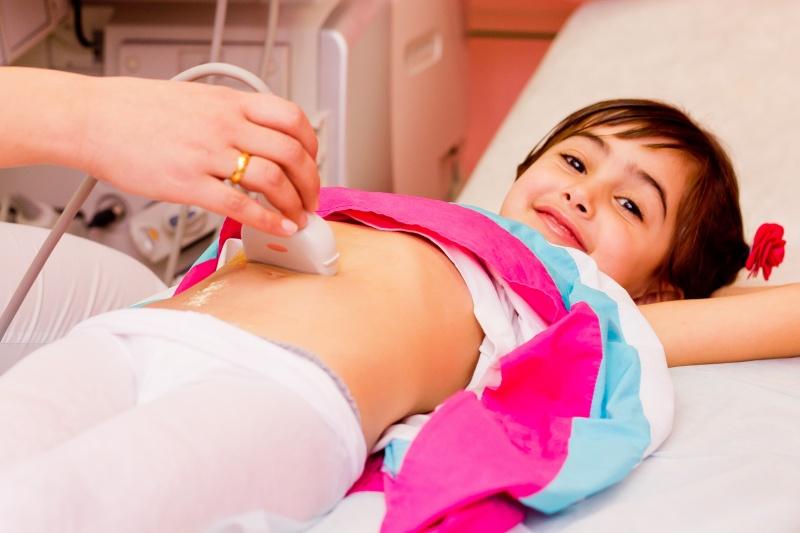 У ребенка болит живот Что можно дать, чтобы