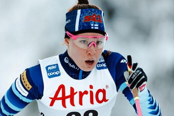 Финская лыжница завершила гонку вФалуне сосломанной ногой