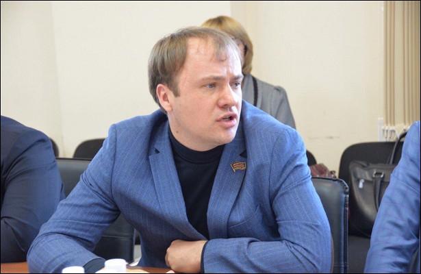 Депутат Владимир Корнев создает фракцию эсеров врайсовете Челябинска