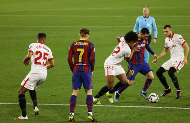 «Севилья» победила «Барселону» вполуфинале Кубка Испании