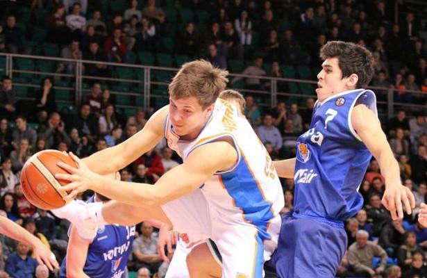 Баскетболисты клуба «Самара» одержали победу над«Югрой»