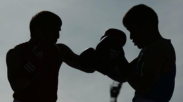 Тест боксера Саламова накоронавирус далположительный результат. БойсВласовым отменен