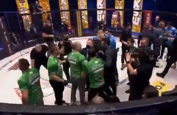 Бойцы MMAизРоссии иСловении спровоцировали массовую драку после поединка