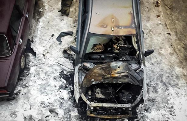 Россиянин отсудил двойную стоимость сгоревшей Lada Vesta