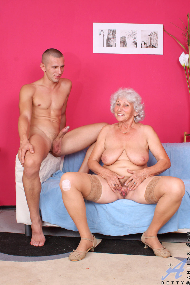Секс старый бабушка bltleirf