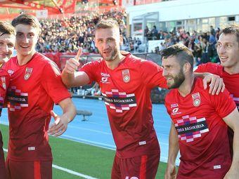 «Зенит» обыграл минское «Динамо» сосчётом 8:1ивместе с«Уфой» прошёл дальше вЛиге Европы