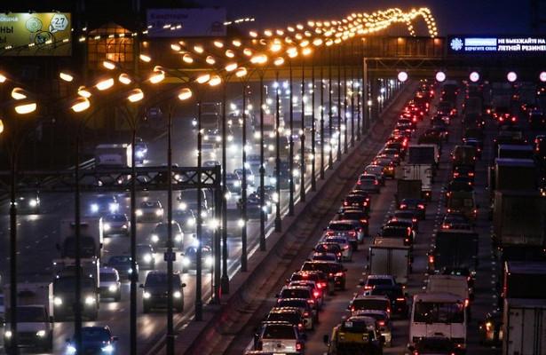 Правительство отказало автомобилистам ввыезде навыделенку