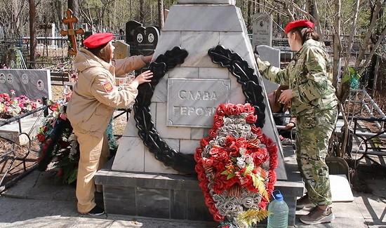 Около 1тыс. мемориальных объектов изахоронений отреставрировали военнослужащие ЦВОк9мая