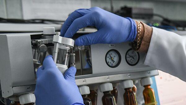 Ученые заявили онесовершенстве вакцин отковид