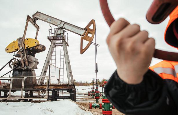Цены нанефть усилили снижение