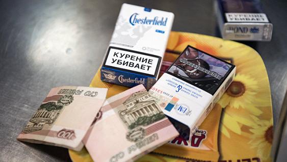 Новогодний сюрприз: Порошенко взвинтил цены на спирт итабак