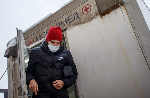 КакдоДзюбы коронавирусом болели Зобнин, Бакаев иЕрёменко, Сулейманов, Мамаев