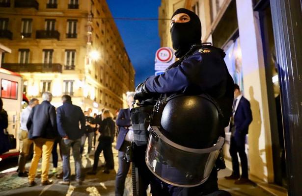 Полиция применила слезоточивый газприподавлении беспорядков вПариже