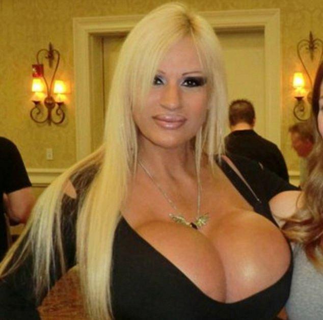Big mature naked porn sexy tit