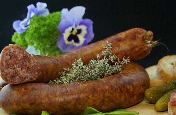 «Исчезнет мясо»: вРаде рассказали, чемгрозит Украине декоммунизация колбасы