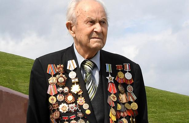 Ушёл изжизни ветеран Великой Отечественной войны Евгений Книга