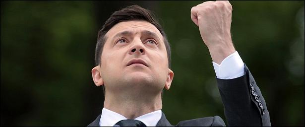 Какие невыполненные обещания заставили украинцев назвать Зеленского неудачником 2020 года