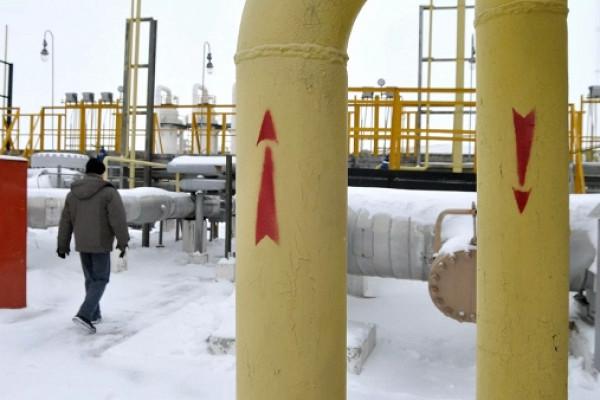 Транзит российского газа через Украину упал доминимума за30лет