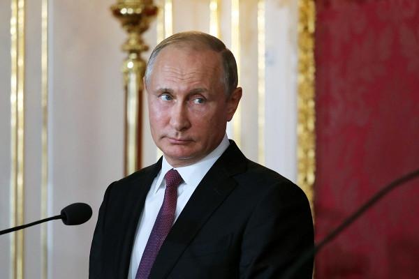 «Путин переживет»: французы высмеяли отказ Байдена приглашать Россию вG7