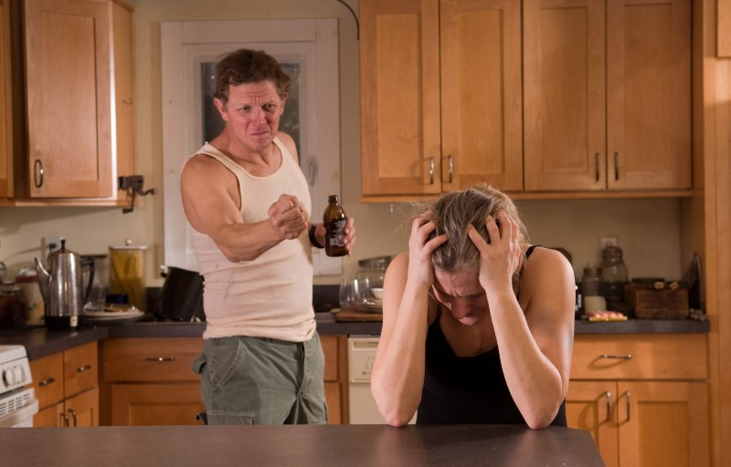 Психология как себя вести с мужем в запое