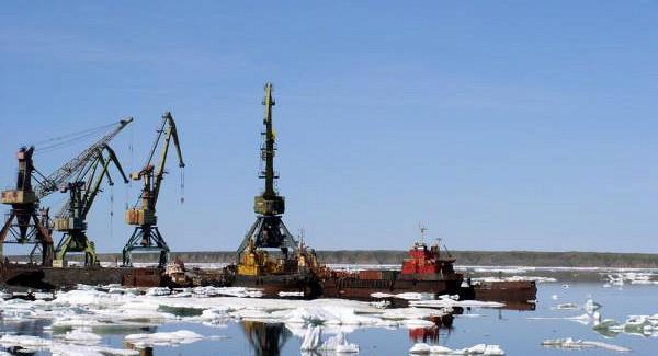 Реконструкция порта Певек должна завершиться осенью 2021 года