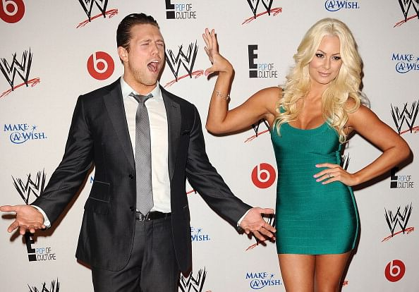 Who is dating each other in wwe
