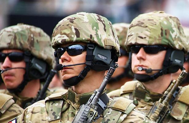 Пока вынеуснули: военные НАТО высадились нароссийский корабль