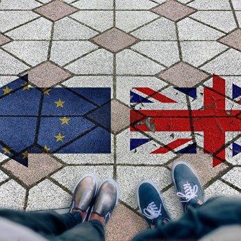 Британия иЕвросоюз приостановили переговоры поBrexit