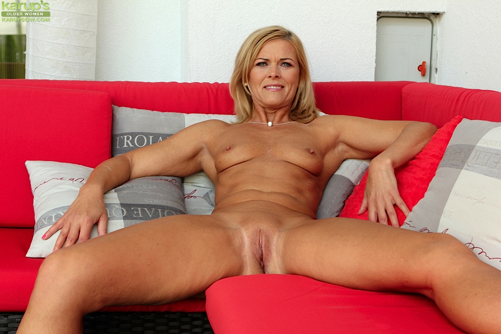 Bound fucked and squirt