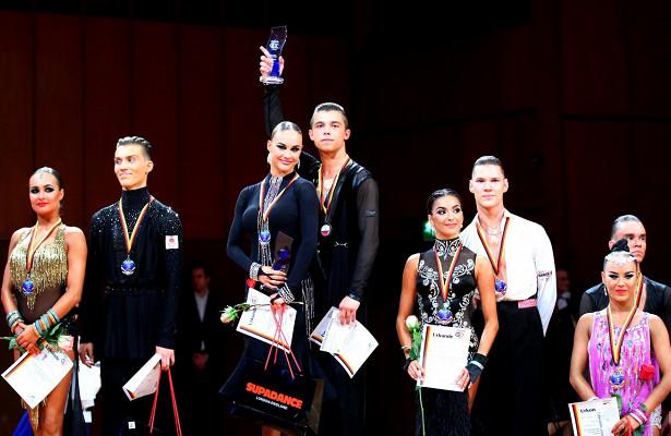 Хабаровские танцоры зажгли Германию румбой