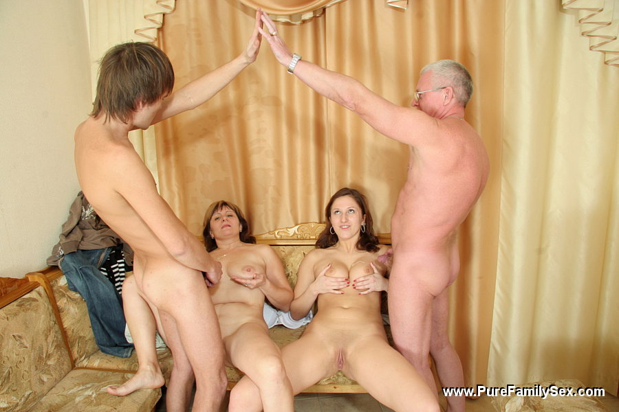 Dad daughter and mom fuck