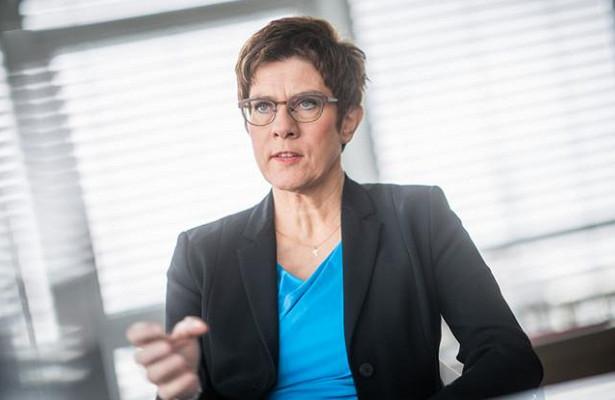 «Если надо— повторим»: Германия всезабыла ихочет разговаривать сРоссией с«позиции силы»