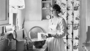 Нашатырь иклещи: ошибки вдомоводстве советских женщин