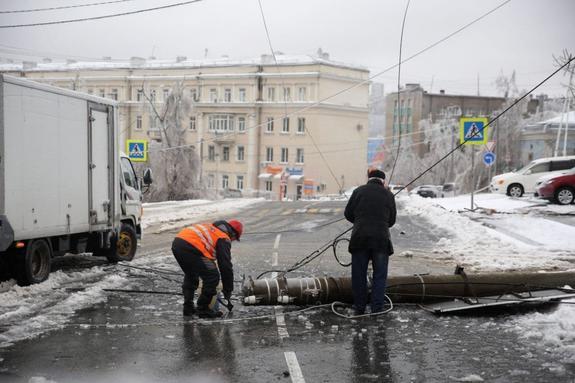 Хабаровск поможет оставшемуся безсвета Приморью