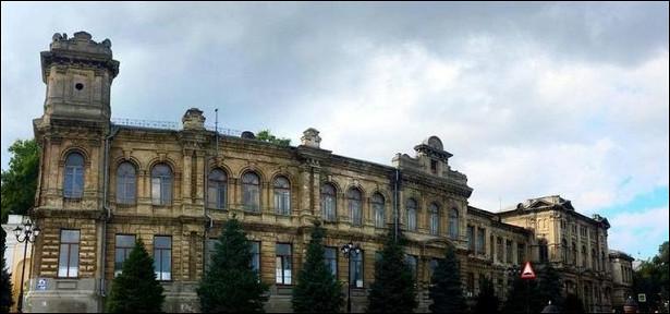 ВКерчи отреставрируют здание гимназии имени Короленко