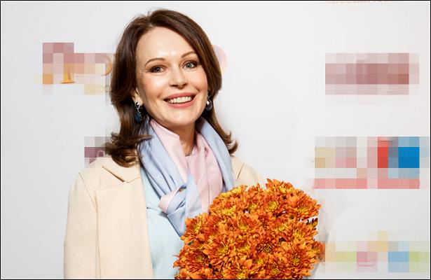 Ирину Безрукову поздравили сднем рождения