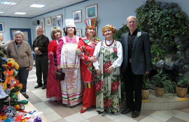 Врайоне Проспект Вернадского прошёл праздник «Новогодний серпантин»
