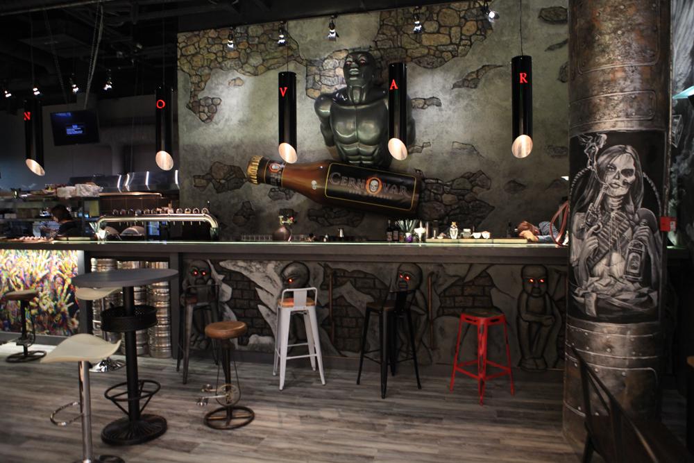 Ресторан Cernovar Bar Beer & Burgers - фотография 3