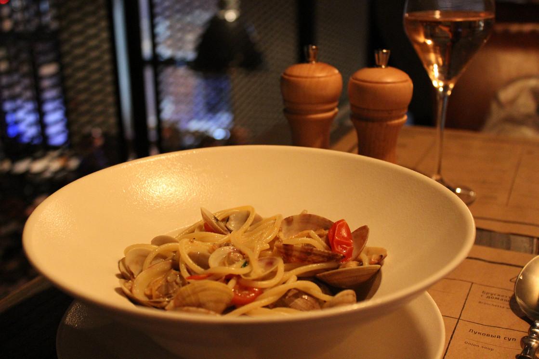 Ресторан Практика by Darvin - фотография 13 - Спагетти с вонголе